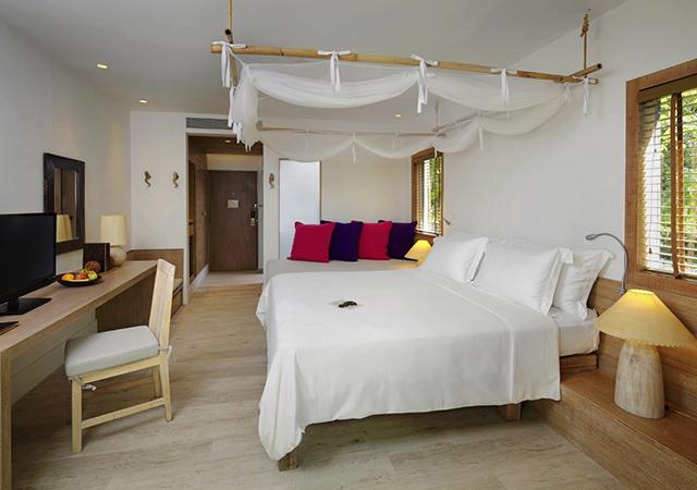 Hotel Room 1.jpg