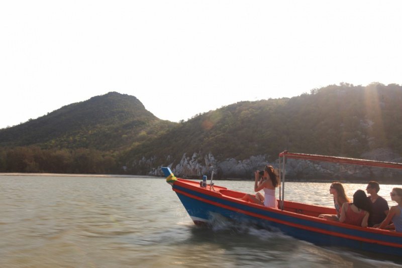 Boat_excursion_[6505-MEDIUM].jpg