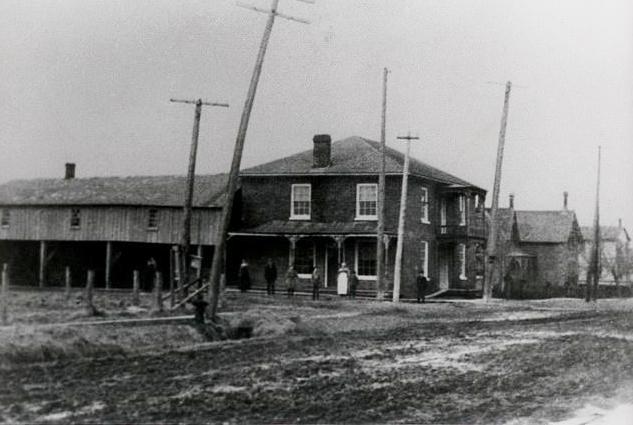 Historic Yake Hotel.JPG
