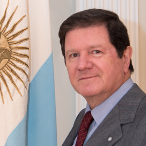 Amb. Fernando Oris de Roa:  Renowned businessman and current Ambassador Argentina to the United States.