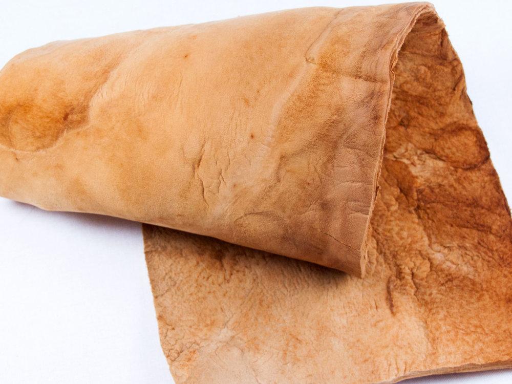 muskin-mushroom-leather-3.jpg