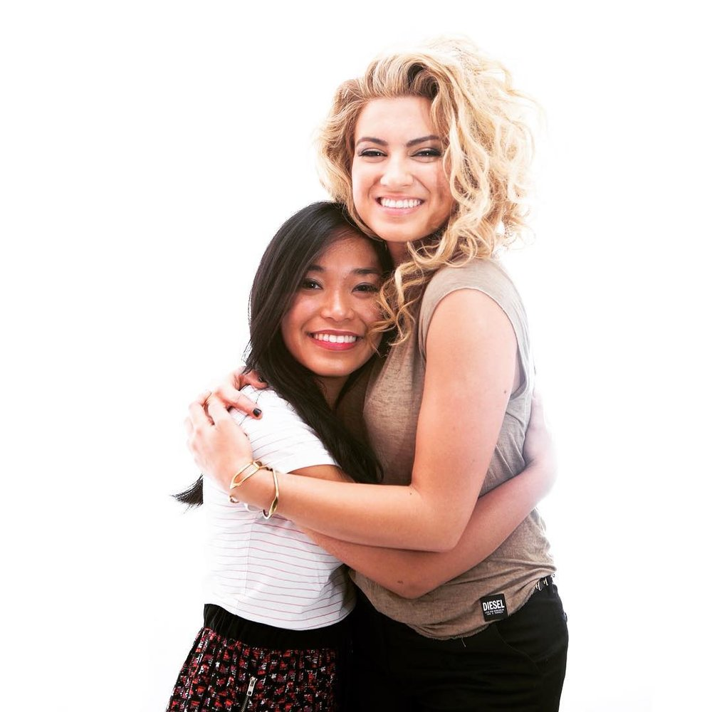 TORI KELLY - Why Tori Kelly Is a True Huster, IMHO