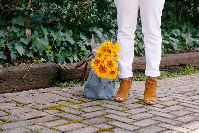 springoutfit_oldnavy_flowers.jpg