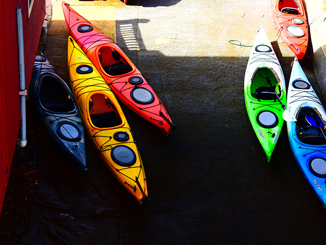 colorfulkayaks.jpg