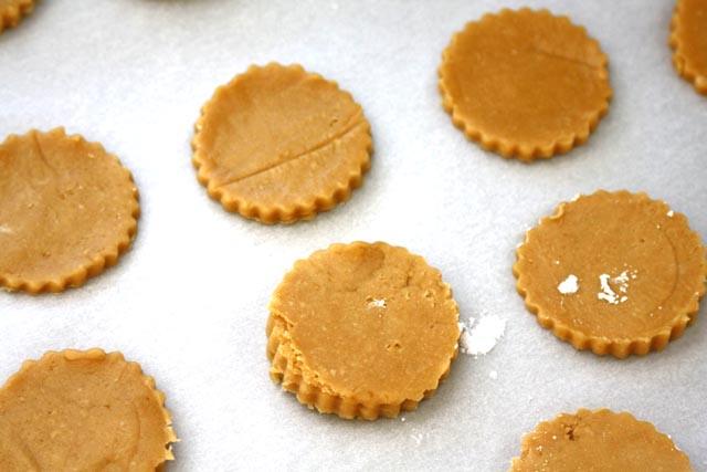 linzershortbreadheartcookies.jpg