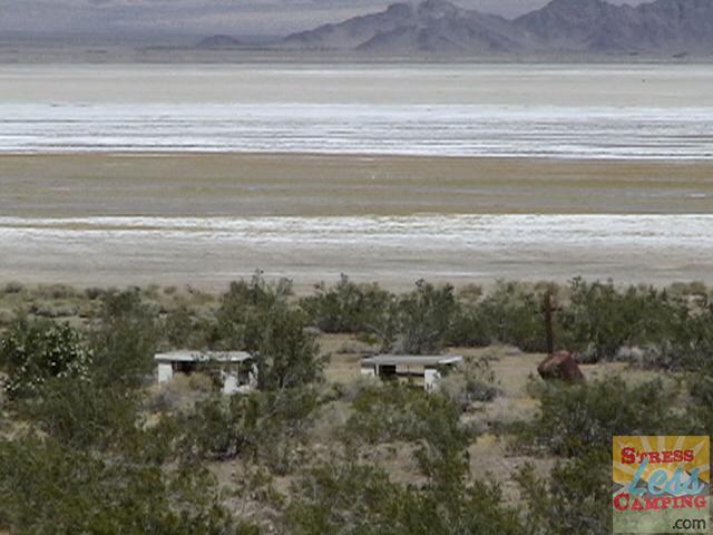 Desert-landscape-02.png