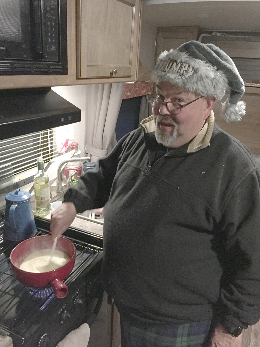 Making Fondue.jpg