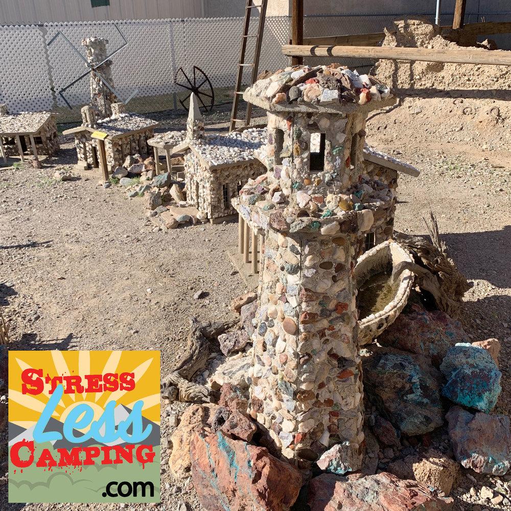 Stone-village-in-Quartzsite-01.jpg