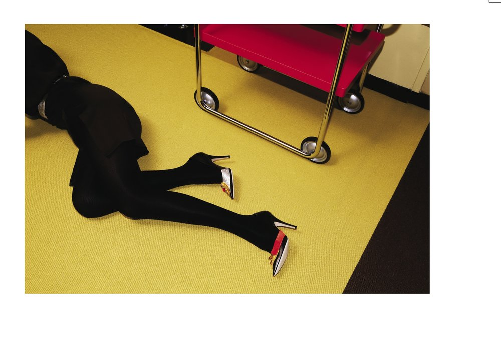 WALLPAPER - Viviane Sassen - Domestic goddess 14