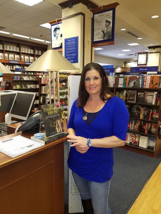 Yalebookstore8.jpg