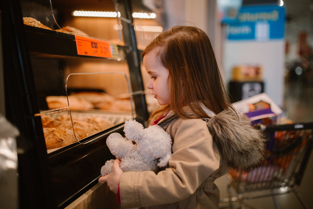 Ashburn Virginia toddler lifestyle family photography grocery shopping Lidl