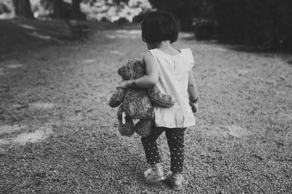Black and white toddler girl stuffed animal teddy bear lifestyle Morven Park Leesburg Loudoun Virginia Marti Austin Photography