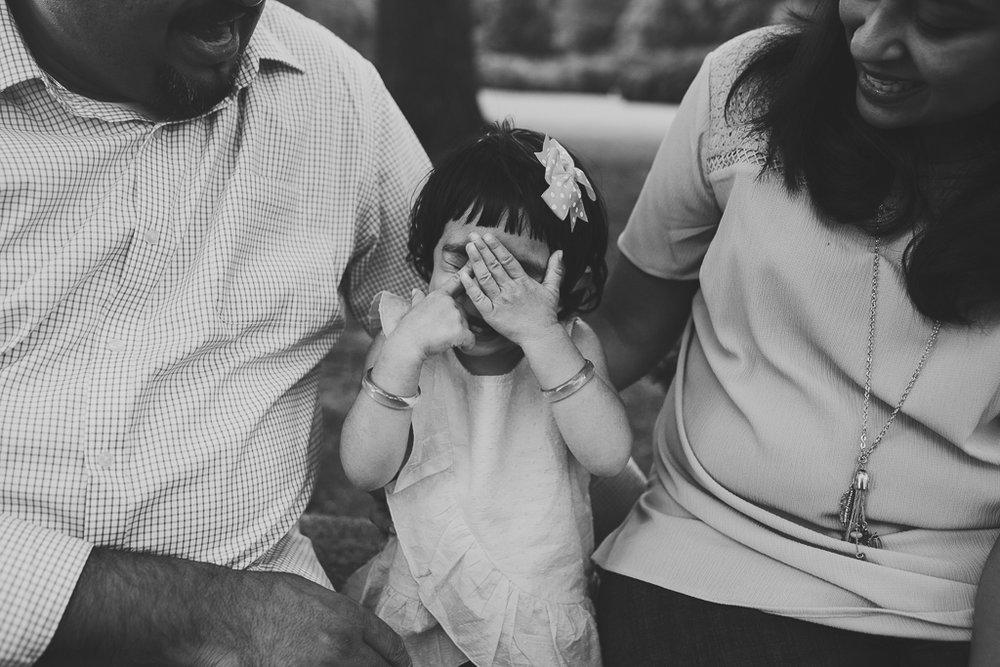 Black and white family lifestyle toddler peekaboo Morven Park Leesburg Loudoun Virginia Marti Austin Photography