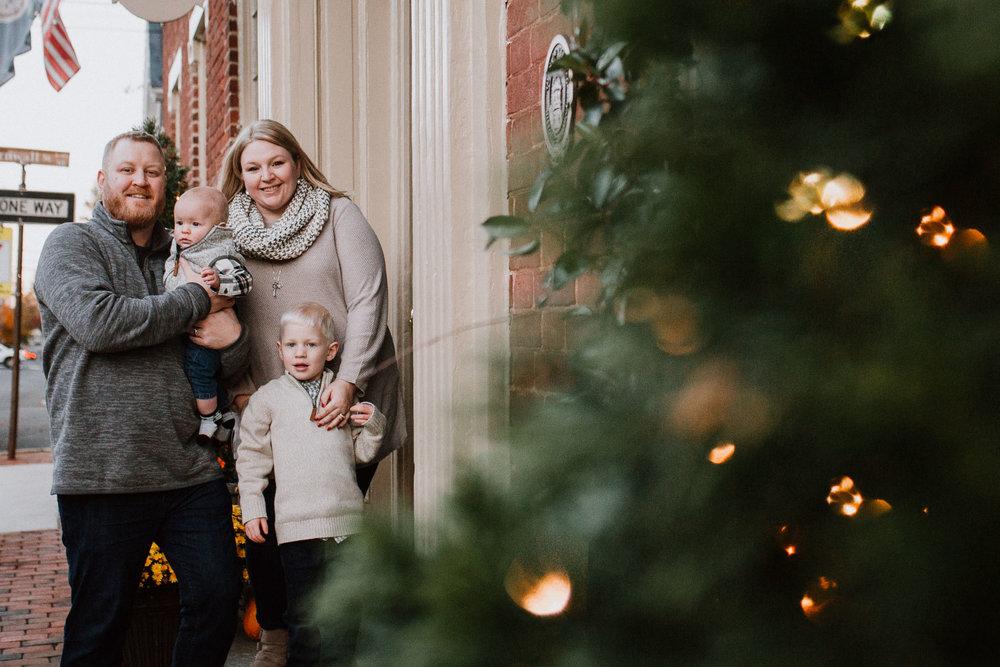 family of four portrait fall autumn lifestyle documentary family Historic Downtown Leesburg Loudoun Virginia Marti Austin Photography