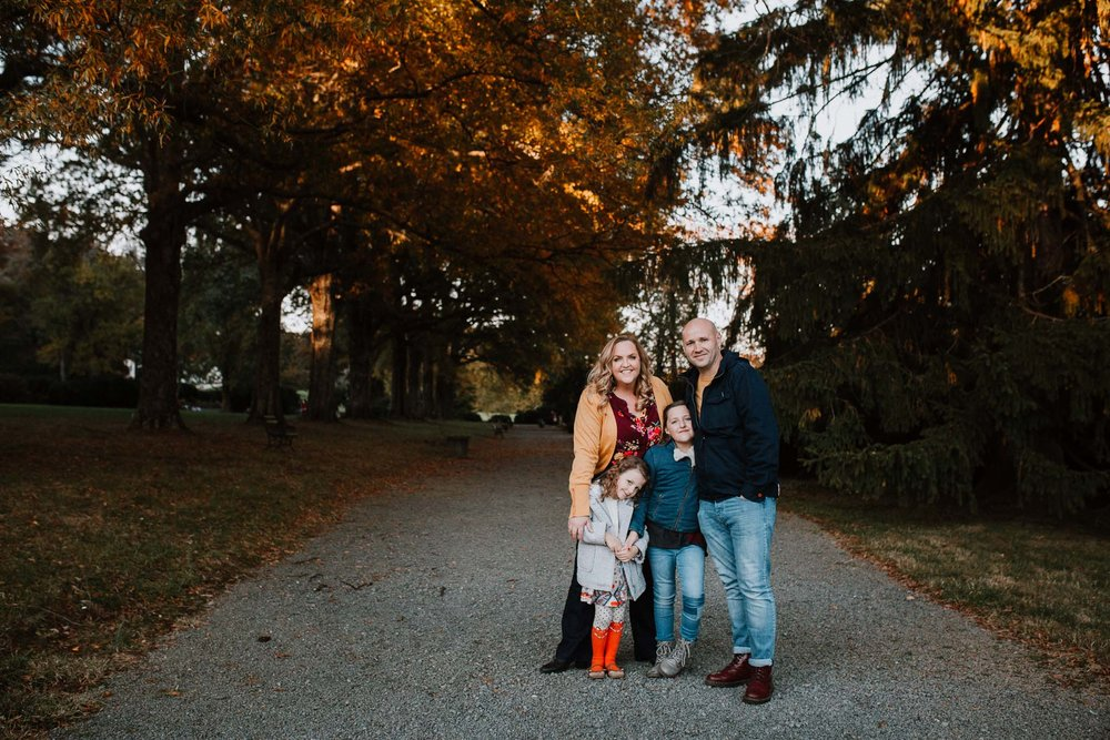 Family of four lifestyle documentary Morven Park Leesburg Loudoun Virginia Fall Autumn Marti Austin Photography
