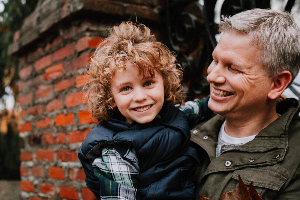 father son fall autumn family lifestyle documentary Morven Park Leesburg Loudoun Virginia Marti Austin Photography