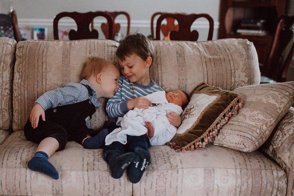 brothers siblings Newborn baby boy lifestyle documentary family Ashburn Virginia Loudoun Marti Austin Photography