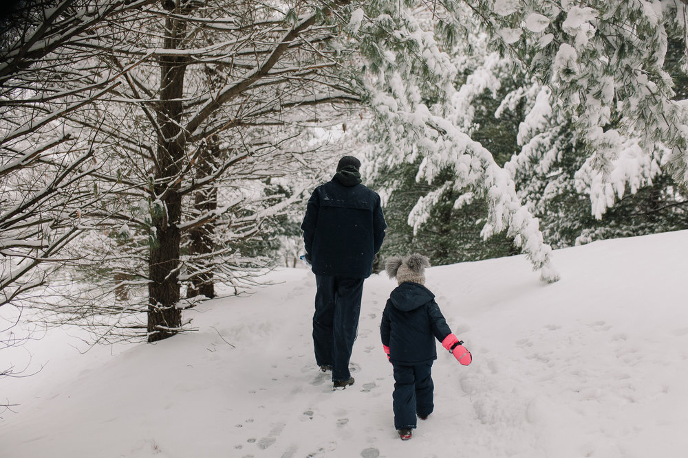 father daughter snow hill sled childhood lifestyle documentary Ashburn Virginia Marti Austin Photography