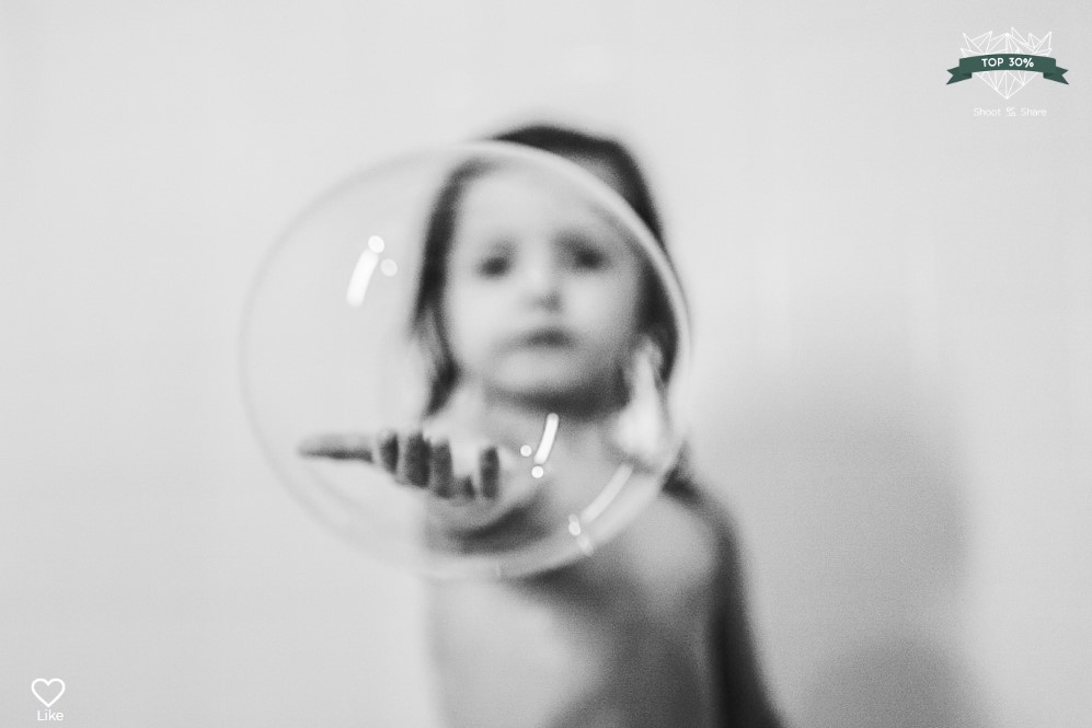 black and white toddler bath bubble lifestyle documentary ashburn loudoun virginia shoot and share contest Marti Austin Photography
