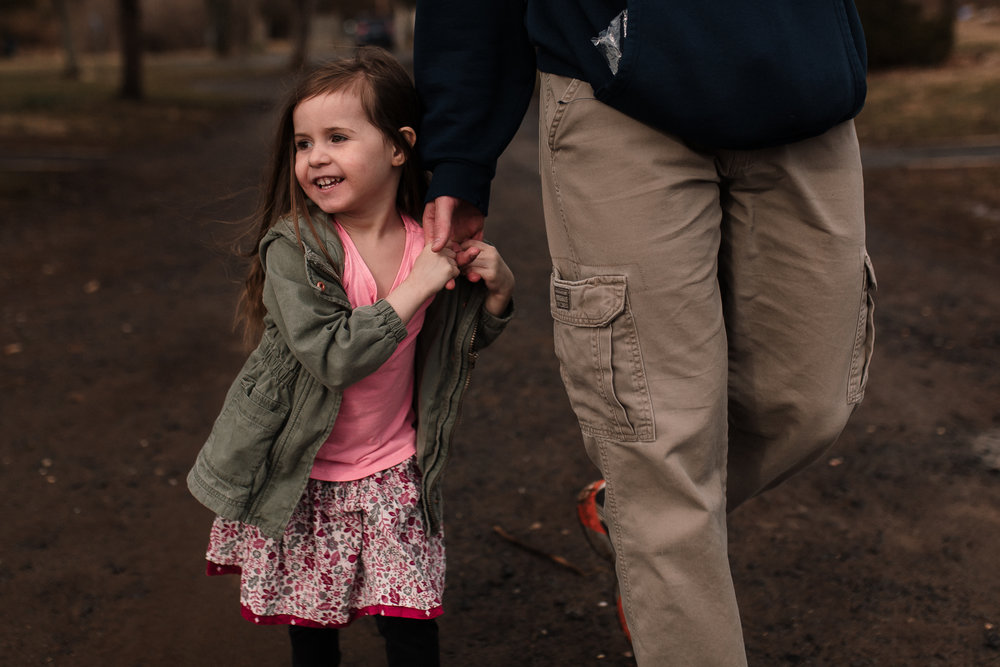 father daughter holding hands details lifestyle documentary family Claude Moore Park Ashburn Loudoun northern Virginia  childhood Marti Austin Photography