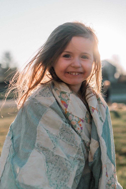 girl sunset golden hour quilt lifestyle documentary family Ashburn Loudoun northern Virginia  childhood Marti Austin Photography