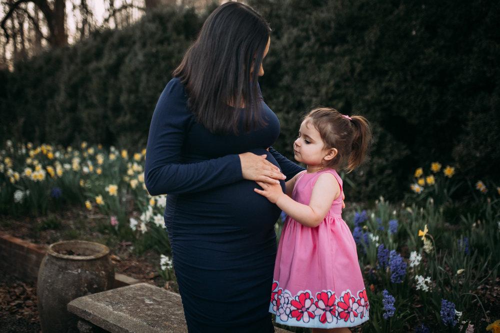 mother daughter baby bump pregnancy family lifestyle documentary maternity Morven Park Leesburg Loudoun Virginia Spring Golden Hour Sunset Marti Austin Photography