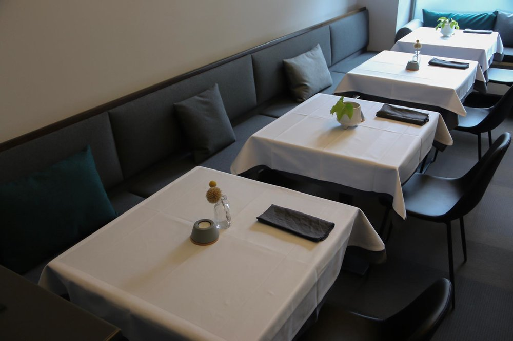 UPHOLSTERY &DECOR - EBERT RESTAURANT