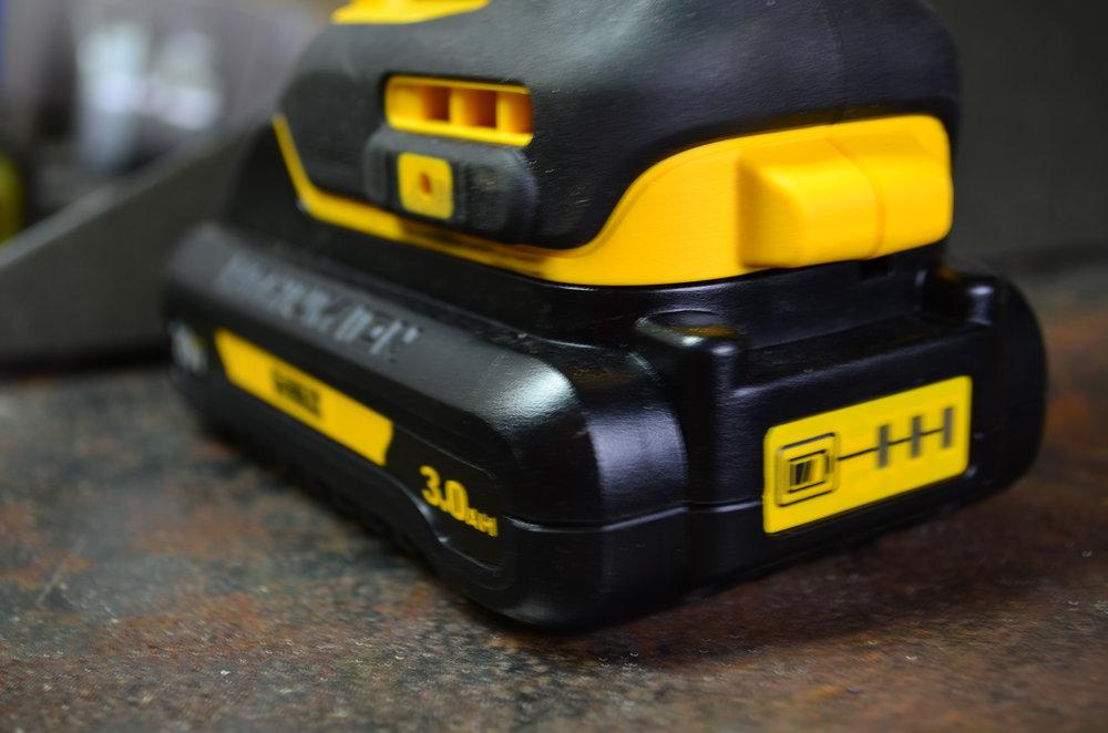 brushless-dewalt-20v-impact-driver-drill