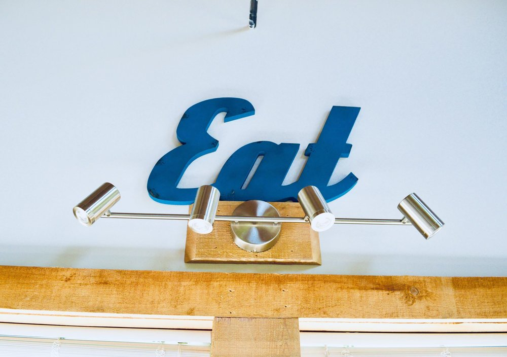 eat sign, modern farmhouse, farmhouse decor, minimalist, minimalism, farmhouse, barn home, modern homestead