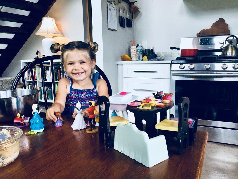 kiddo, fourth birthday, birthday girl