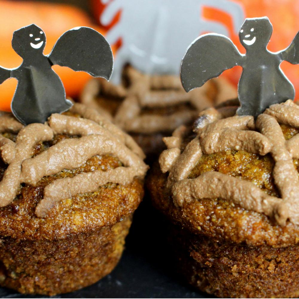 ladycameleon-carrot-cake-halloween.png