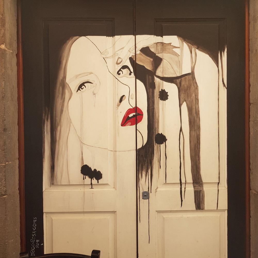 ladycameleon-madere-funchal-porte-peinte.jpg