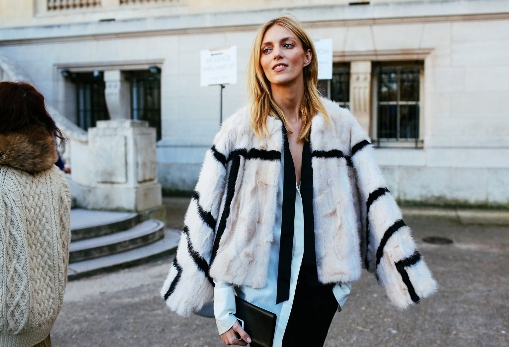 22-PFW-Street-Style-Day-5