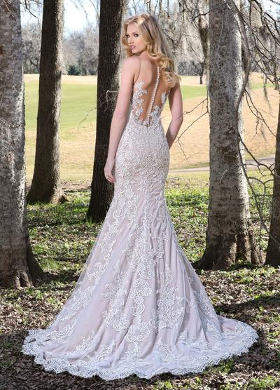AshleyJustinBridal-BridesbyYoung-PlusSizeWeddingDress-10426-2.jpg