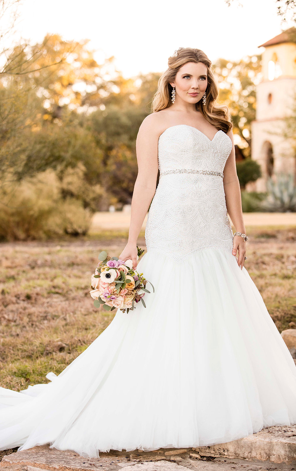 EssenseBridal-BridesbyYoung-PlusSizeWeddingDress-2029.jpg
