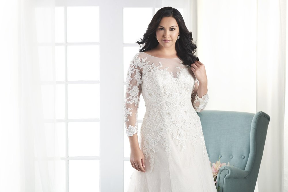 BonnyBridal-BridesbyYoung-PlusSizeWeddingDress-1806-2.jpg