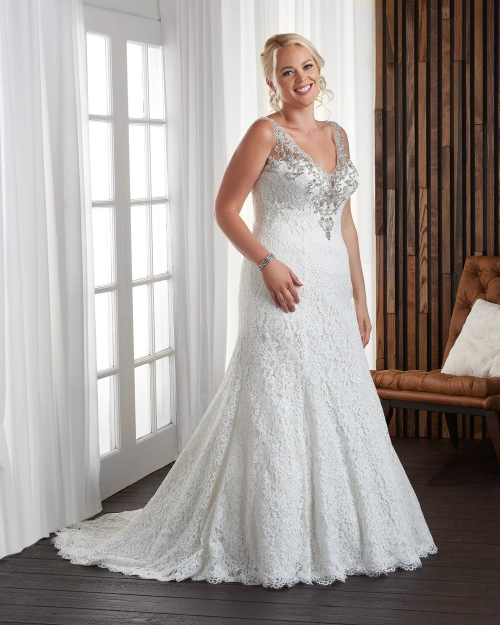 BonnyBridal-BridesbyYoung-PlusSizeWeddingDress-1707.jpg