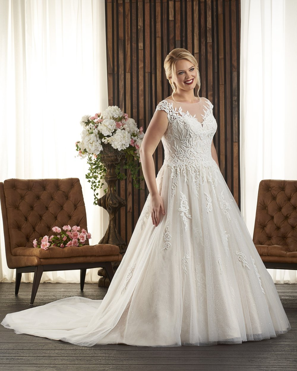 BonnyBridal-BridesbyYoung-PlusSizeWeddingDress-1724.jpg