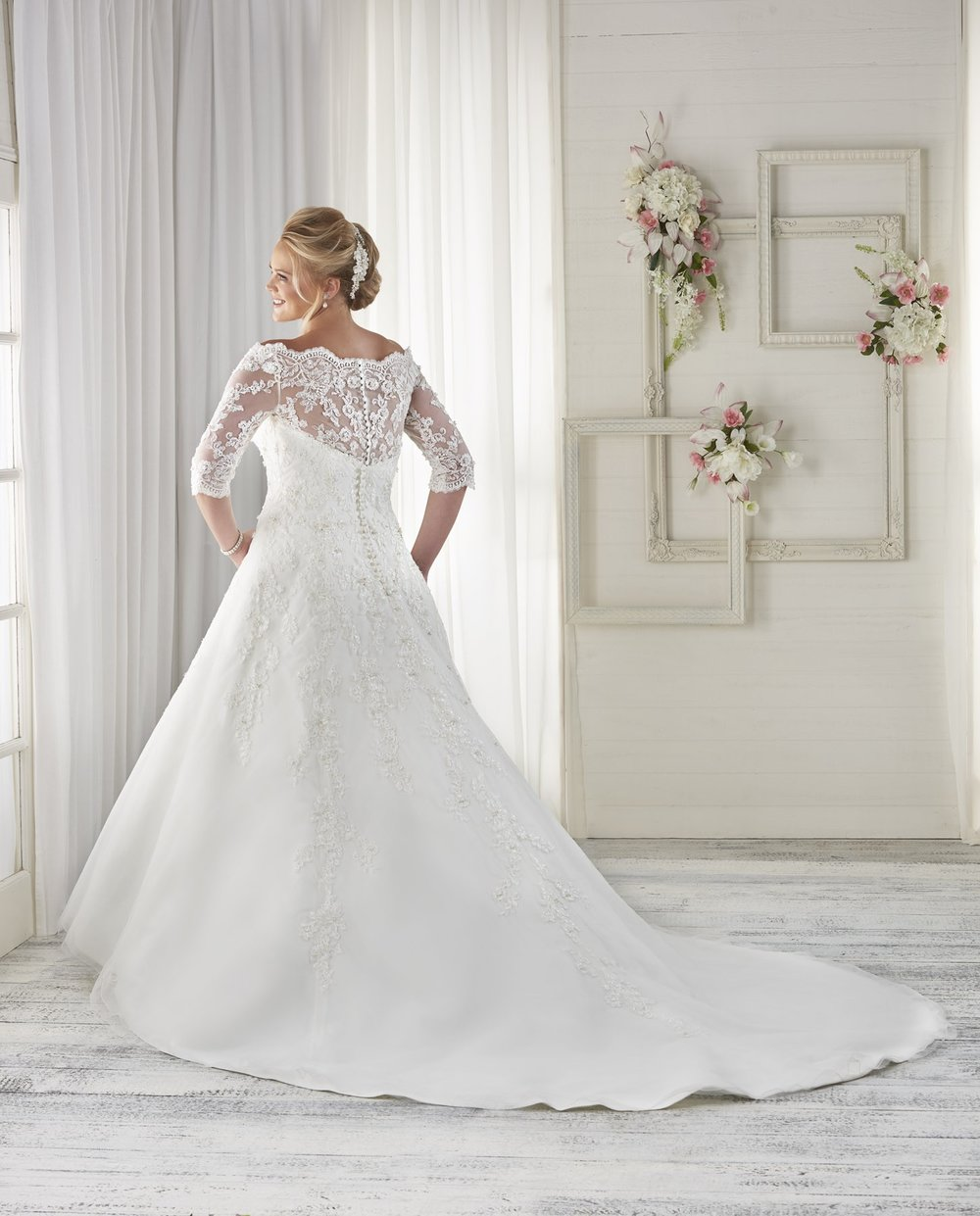 BonnyBridal-BridesbyYoung-PlusSizeWeddingDress-1614-1.jpg