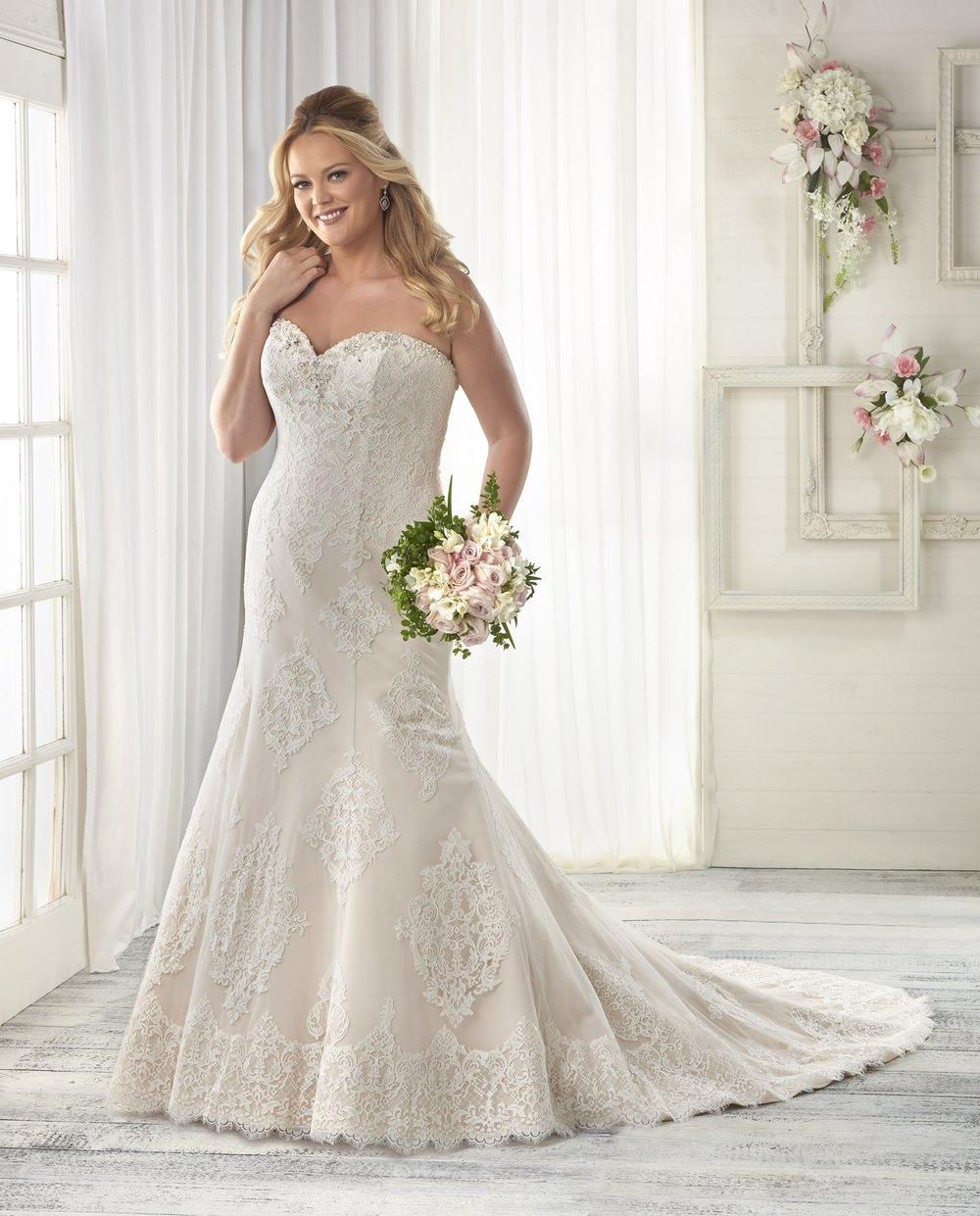 BonnyBridal-BridesbyYoung-PlusSizeWeddingDress-1611.jpg