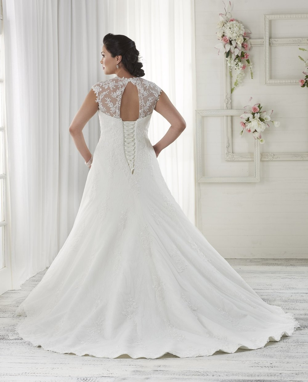 BonnyBridal-BridesbyYoung-PlusSizeWeddingDress-1616-1.jpg