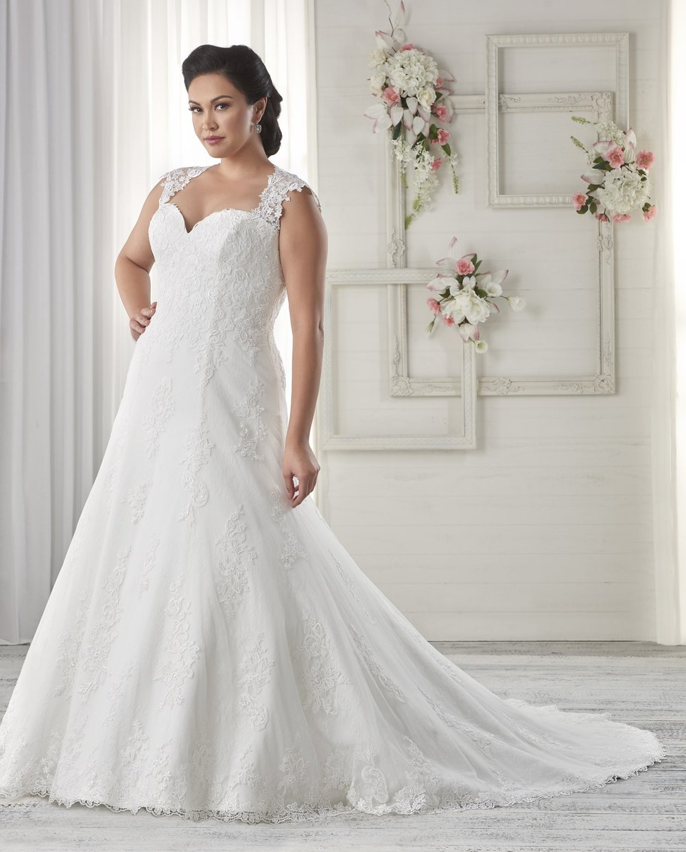 BonnyBridal-BridesbyYoung-PlusSizeWeddingDress-1616.jpg