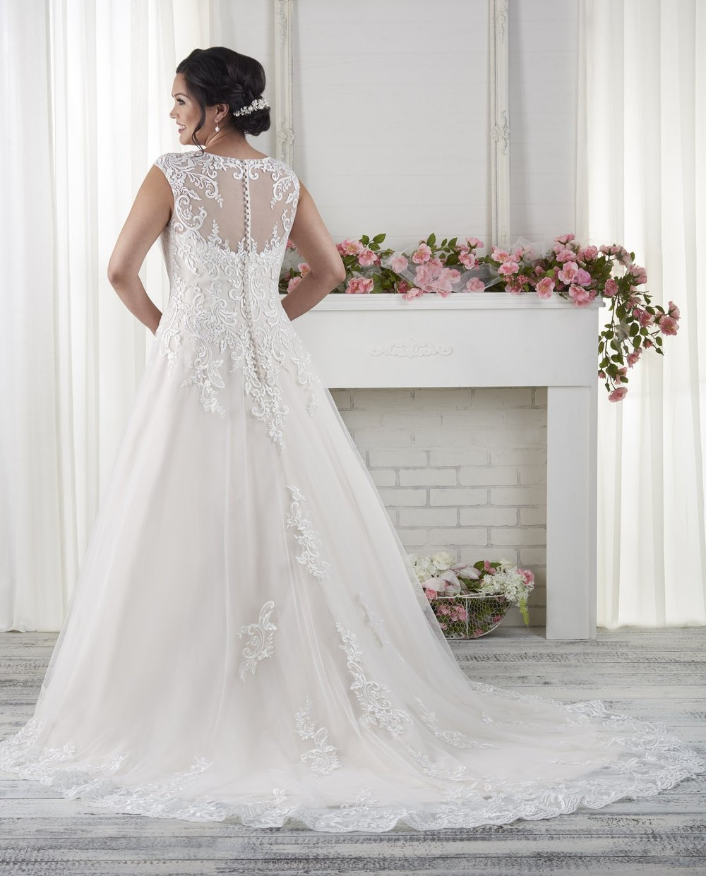 BonnyBridal-BridesbyYoung-PlusSizeWeddingDress-1621-1.jpg