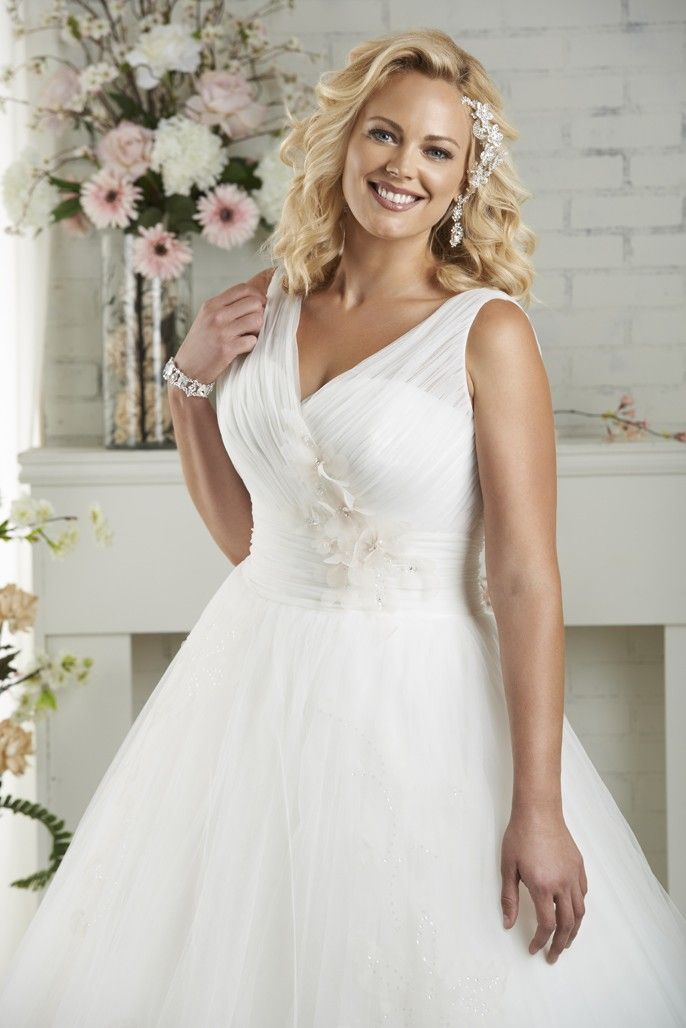 BonnyBridal-BridesbyYoung-PlusSizeWeddingDress-1502-2.jpg