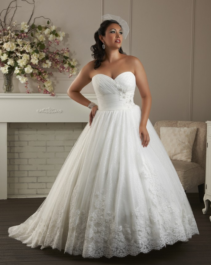 BonnyBridal-BridesbyYoung-PlusSizeWeddingDress-1400.jpg
