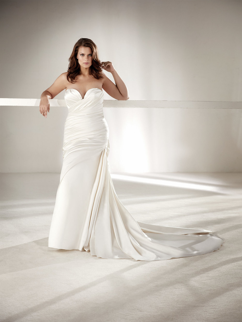 PronoviasBridal-BridesbyYoung-PlusSizeWeddingDress-Chantal.jpg