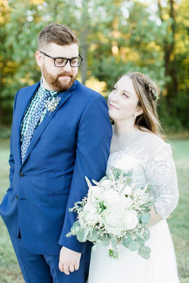BridesbyYoung-RealBride-PlusSizeCurvyWeddingDress-JessicaRobert-6.jpg