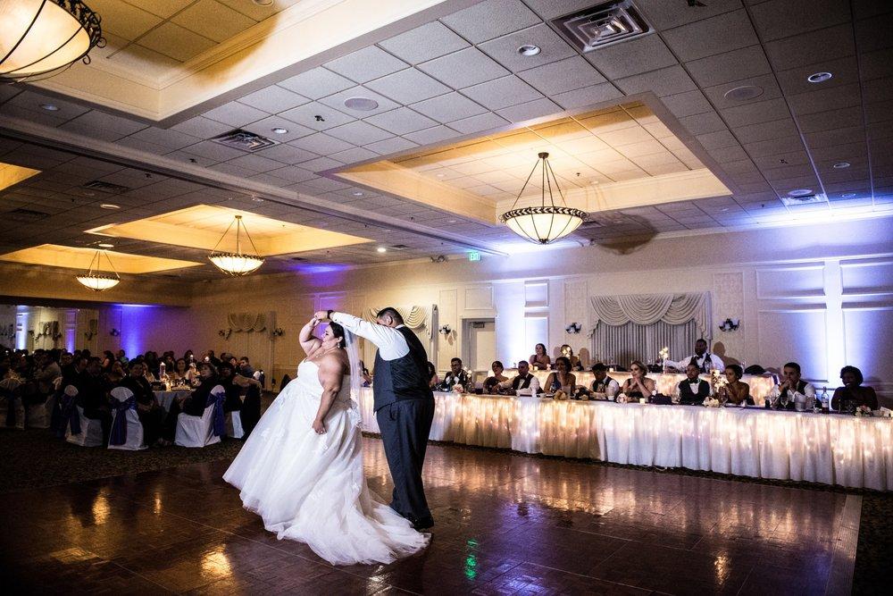 BridesbyYoung-RealBride-PlusSizeCurvyWeddingDress-MargieMichael-46.jpg