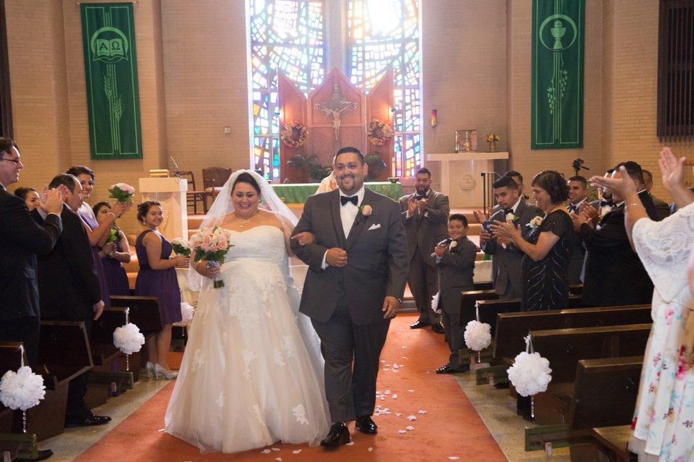 BridesbyYoung-RealBride-PlusSizeCurvyWeddingDress-MargieMichael-31.jpg