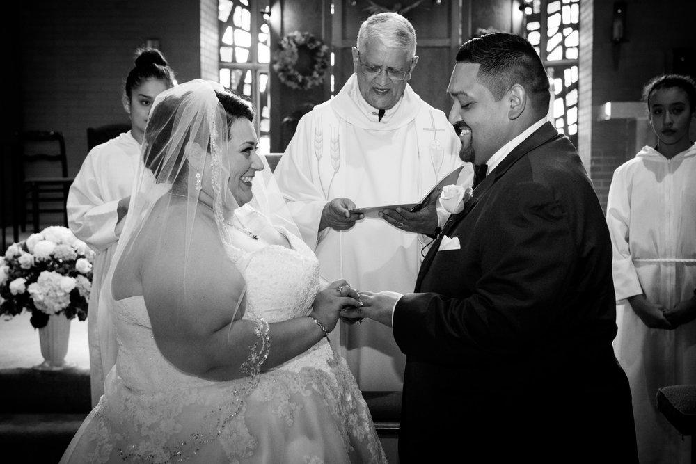 BridesbyYoung-RealBride-PlusSizeCurvyWeddingDress-MargieMichael-30.jpg